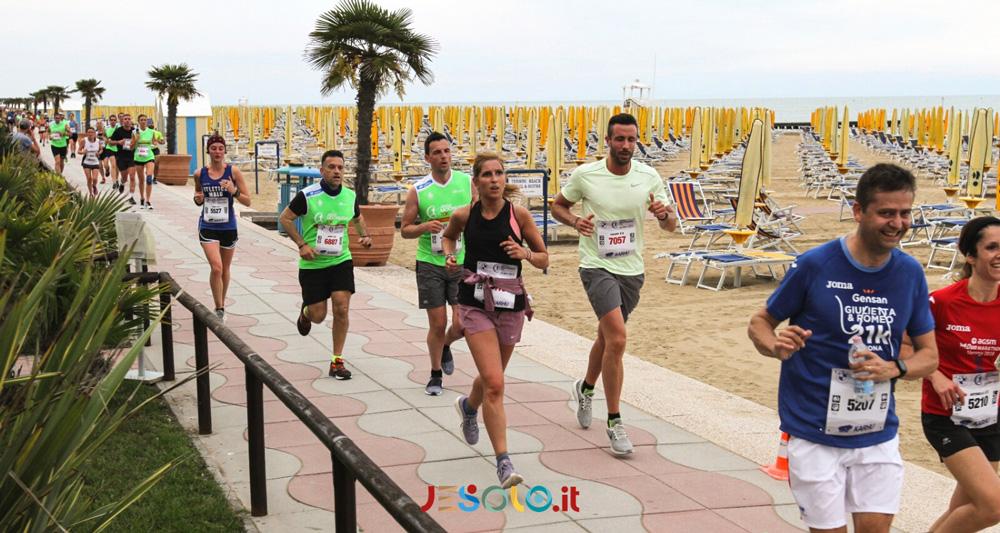 A Jesolo la 10^ Jesolo Moonlight Half Marathon & 10K